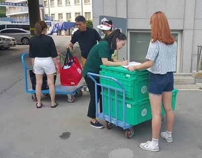 '짐좀'은 박스 단위로 짐을 맡길 수 있어 공간을 통째로 빌리는 것과 비교해 저렴한 비용으로 장기간 보관이 가능하다. 사진=짐좀 페이스북