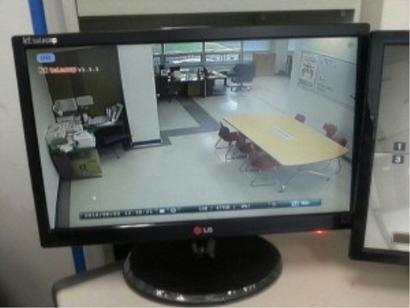 KT CFT 사무실 CCTV 모니터. 사진=KT CFT 철폐위원회 제공