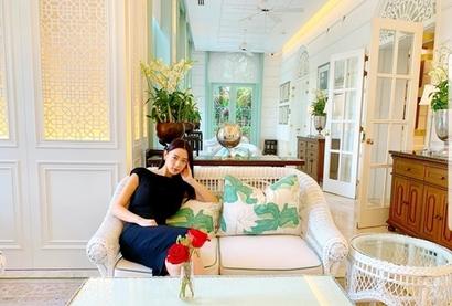 최근 결혼한 배우 클라라 씨는 남편 사무엘 황 씨가 운영하는 회사가 매입한 62층 오피스텔에서 남편과 함께 살고 있다.  사진=클라라 인스타그램