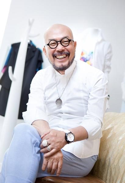 패션 디자이너 이상봉 씨. 사진=이상봉 페이스북